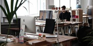 travail en bureau le mobilier de bureau comme facteur de bien être au travail