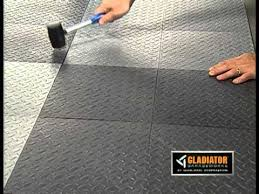 gladiator皰 tile floor covering