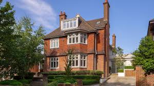 100 Houses In Hampstead SevenBedroom Detached House In The Stylish Area