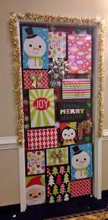 Classroom Door Christmas Decorations Pinterest by 25 Unique Dorm Door Decorations Ideas On Pinterest Dorm Door