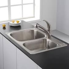 kraus one handle pull out kitchen faucet in stainless steel at