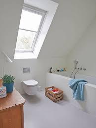 schön schräg 7 tipps für ein bad im dachgeschoss