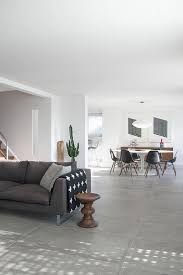 canapé gris foncé les 25 meilleures idées de la catégorie canapé gris foncé sur