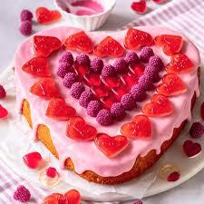 Hochzeitstorte Romantisch Archive Brigittes Tortendesign Valentinstags Kuchen Für Die Liebsten Backen Brigitte De