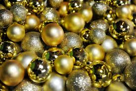 Silver Tip Christmas Tree Sacramento by How To Store Christmas Decorations Effectively