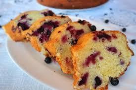 rührkuchen mit quark und schwarzen johannisbeeren schnelles rezept