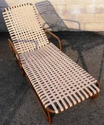 Vinyl Straps For Patio Chairs by Siesta Vinyl Strap Chairs And Chaise With Table