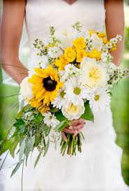 Bouquet of sunflowers roses daisies asters Flag Hill Winery