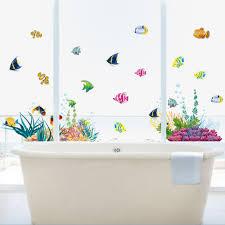 unterwasserwelt wandaufkleber wohnkultur kinderzimmer badezimmer wandtattoos bunte korallen fisch glas fenster tapete wand poster