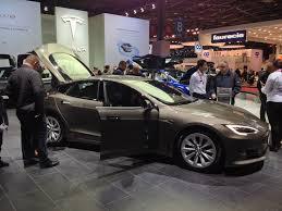 sur si e voiture voitures autonomes du mondial de l auto 2016