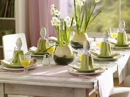 Easy Easter Centerpieces And Table Settings For Spring Holiday 40