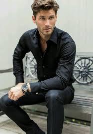 comment porter une montre comment porter une montre en cuir noir avec une chemise à manches