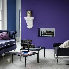 lila wandfarben und ihre mannigfaltigen modernen nuancen