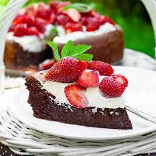 schoko wolke mit erdbeeren einfache kuchen rezepte