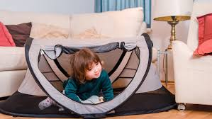 kidco peapod travel bed review the kidco peapod plus jake and dannie