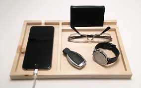 Mens Dresser Valet With Charger by 8 Valet Trays To Organize Your Edc At Home Everyday Carry