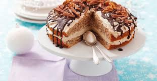 walnuss kaffee torte mit schokolade