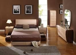 Platform Bedroom Set by Two Tone Bedroom Set Maya Maple Cherry
