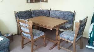 esszimmer eckbank mit stühlen und tisch