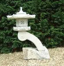bassin la décoration d un bassin les lanternes japonaises