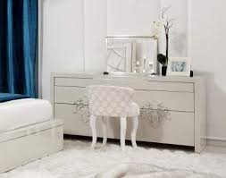 Genuine Quality Wood Luxury Dresser With Mirror In White Gloss
