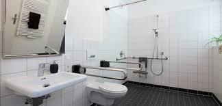 barrierefreier umbau im badezimmer verbraucherfenster hessen