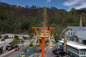 Gatlinburg Chair Lift Fire by Gatlinburg Sky Lift U0027s All New Ride Opens Friday With Special