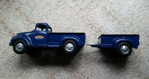 VINTAGE 1957 TONKA Pickup Truck With Box Trailer (Restored ... A Chevrolet Pickup Truck With Sideboards An Utility Trailer 2 Trailer Hitch Pickup Truck Bed Extender Carrier Load Bar Hauler Norris Farms And Home Facebook Ram Goes All Out For Sae J2807 Ratings Lego Ideas Product Ideas Lincoln Mark Towing On Us I30 Youtube Driver Escapes Injury After Train Hits Kvrr Local News Video Trends 2018 Of The Year Day Bmw Isetta Sale The Drive Tips Loading A Connecting It To Your Miami How Not Load