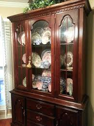 China Cabinet Decorating Ideas A Thanksgiving Dining Room Makeover