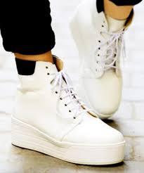 Enjoy Moment Sneaker