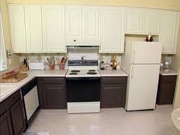Diy Backsplash Ideas For Kitchen by How To Paint A Faux Tile Backsplash How Tos Diy