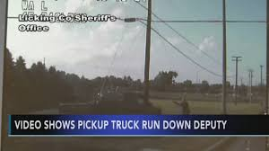 100 Ohio Light Truck Video Shows Pickup Truck Run Down Deputy 6abccom