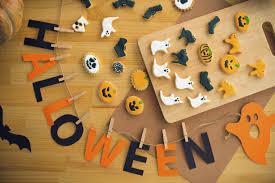 Spirit Halloween Hours Of Operation by 5 Diy Halloween Treats Chip U0027s Family Restaurant