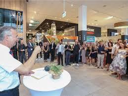 hofmeister eröffnet küchenfachmarkt auf 2000 quadratmetern