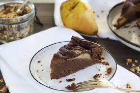 saftiger schokoladen birnenkuchen vegan naturallygood
