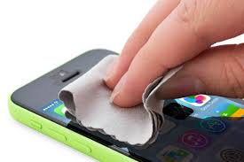 How to Clean Your Phone From All the Germs & Bacteria It Right Now