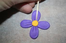 housse de couette et fleurs en pate fimo gourmandises petits