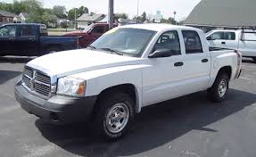 2005 DODGE DAKOTA SPORT PICKUP TRUCK START UP, WALK AROUND And ...