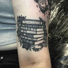 Tattoo American Traditional Books And Flowers