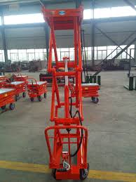 100 Scissor Lift Truck China New Qualified 300750kg Pallet Photos