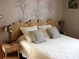 lambris mural chambre tete de lit lambris peinture murale lambris tete
