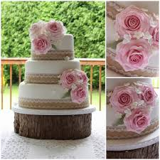 Hessian And Lace Country Roses Wedding Cake