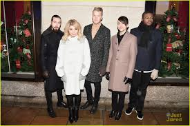 Rockefeller Christmas Tree Lighting 2015 Performers by Pentatonix Bring U0027joy To The World U0027 At The Rockefeller Center Tree