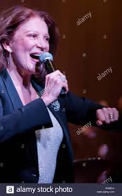 Linda Lavin Stock Photos & Linda Lavin Stock Images - Alamy Meghan Trainor Cd Signing For Michael Scott Cactus Moser Photos Wynonna Judd Signs Copies Of Starman Tv Series Robert Hays And Barnes Scifi Fantasy Linda Lavin Stock Images Alamy New York Usa 14th Apr 2016 Singer Marie Osmond Lynda Pictures Christopher Daniel Picture 13894 Cd Adorable Home Christmas Sweetlooking By Susan Boyle Betsy Wolfe Shares The Warmth With Boys Girls Club