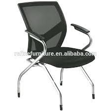 chaise de roulettes chaise de bureau sans roulettes siege bureau but fabulous