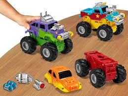 Snap & Design Monster Trucks | Best Toys | NAPPA Awards