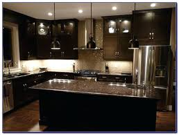 Kitchen Backsplash With Oak Cabinets by Kitchen Backsplash With Dark Cabinets Kitchen Backsplash Pictures