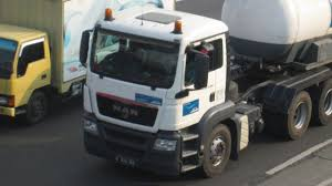 MAN Trucks Indonesia - YouTube Man Trucks To Revolutionise Adf Logistics Mlf Military Logistics Daf Commercial Trucks For Sale Ring Road Garage Uk Truck Bus On Twitter The Suns Out Over Derbyshire And Impressions Germany 16 April 2018 Munich Two At The Forum In India Teambhp Turns Electric Iepieleaks Paul Fosbury Contact Us Were Here To Help Volvo Tgrange Wikipedia
