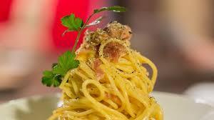 pates carbonara sans creme tuto spaghetti carbonara sans crème rtbf max et venus