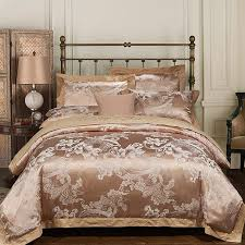 Luxury Bedding Sets Embroidered Wedding Duvet Cover Set Jacquard